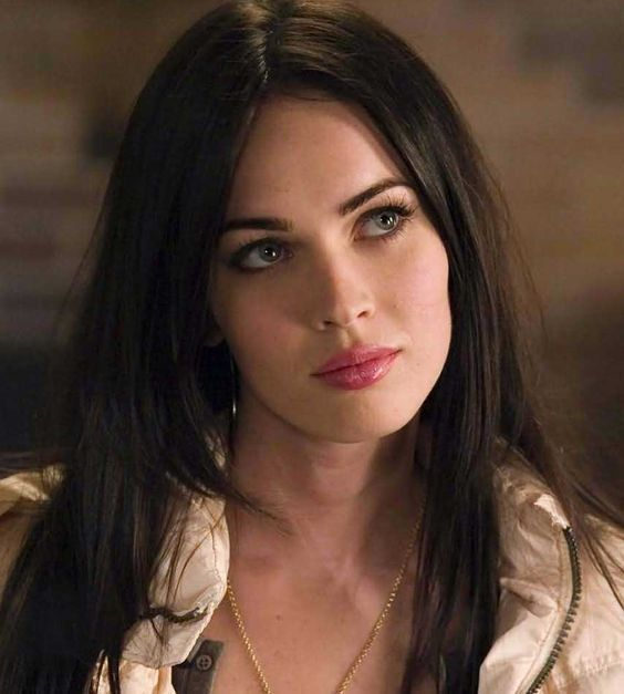 Megan Fox Height, Weight, Age and Full Body Measurement
