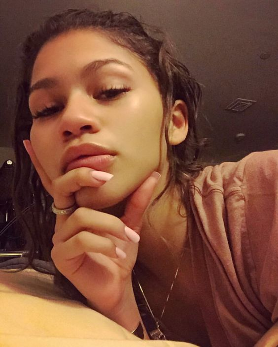 zendaya stoermer height